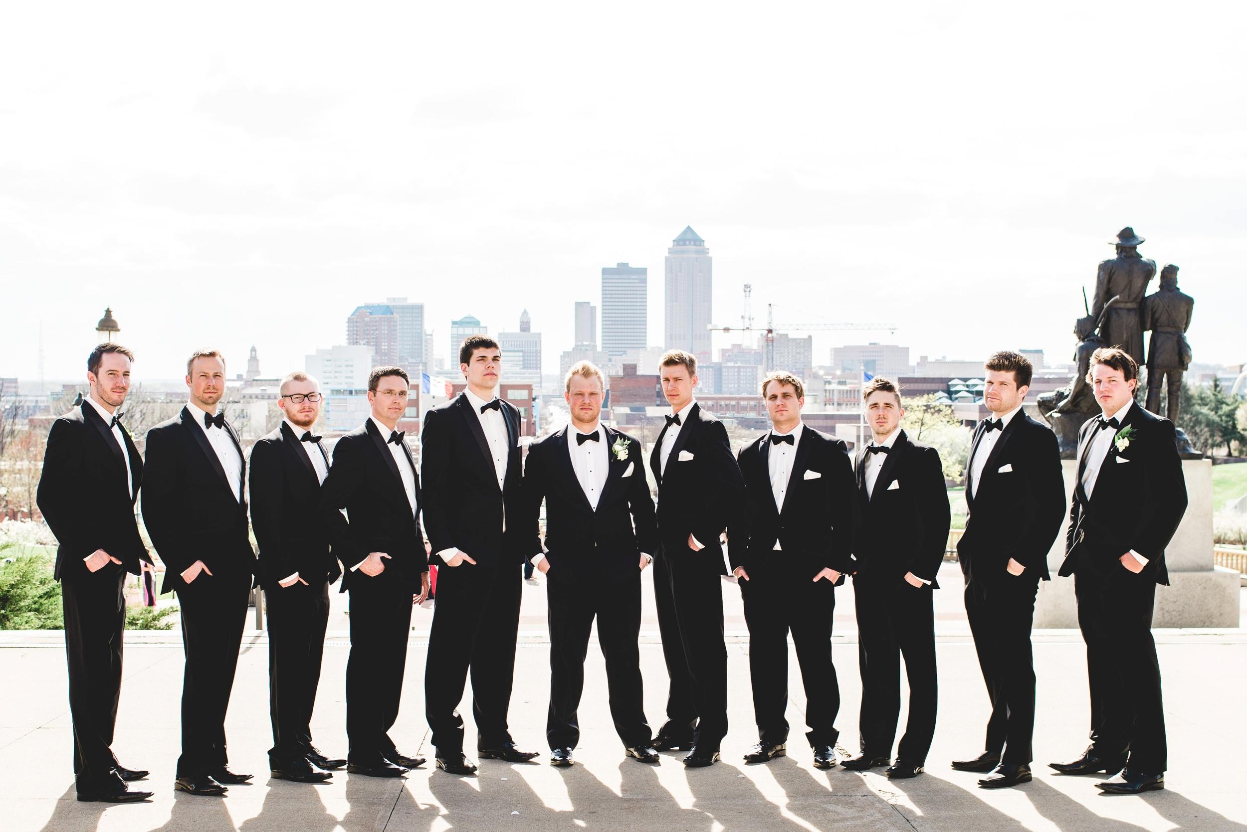 Downtown Des Moines Wedding Photographer_2114.jpg