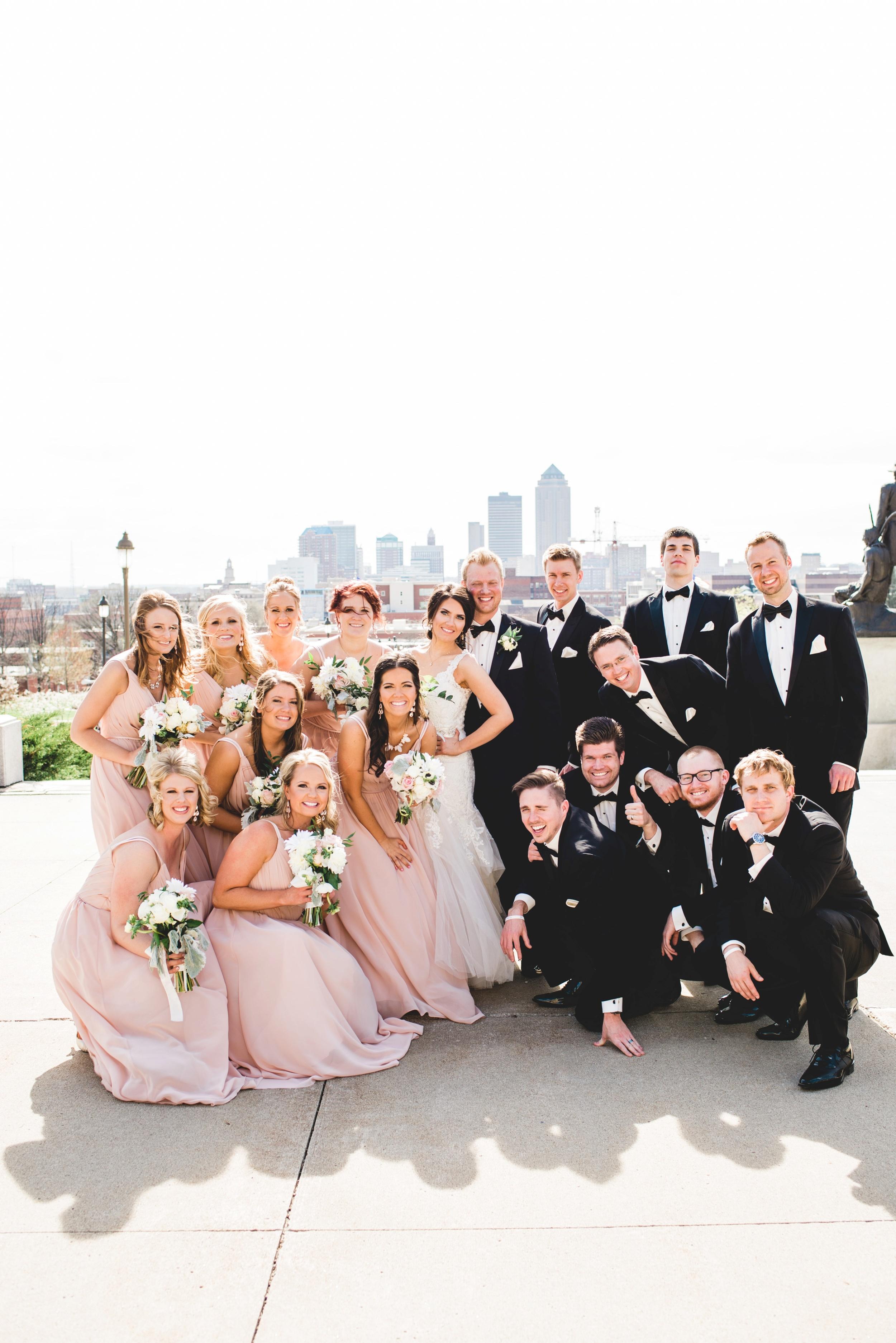 Downtown Des Moines Wedding Photographer_2113.jpg