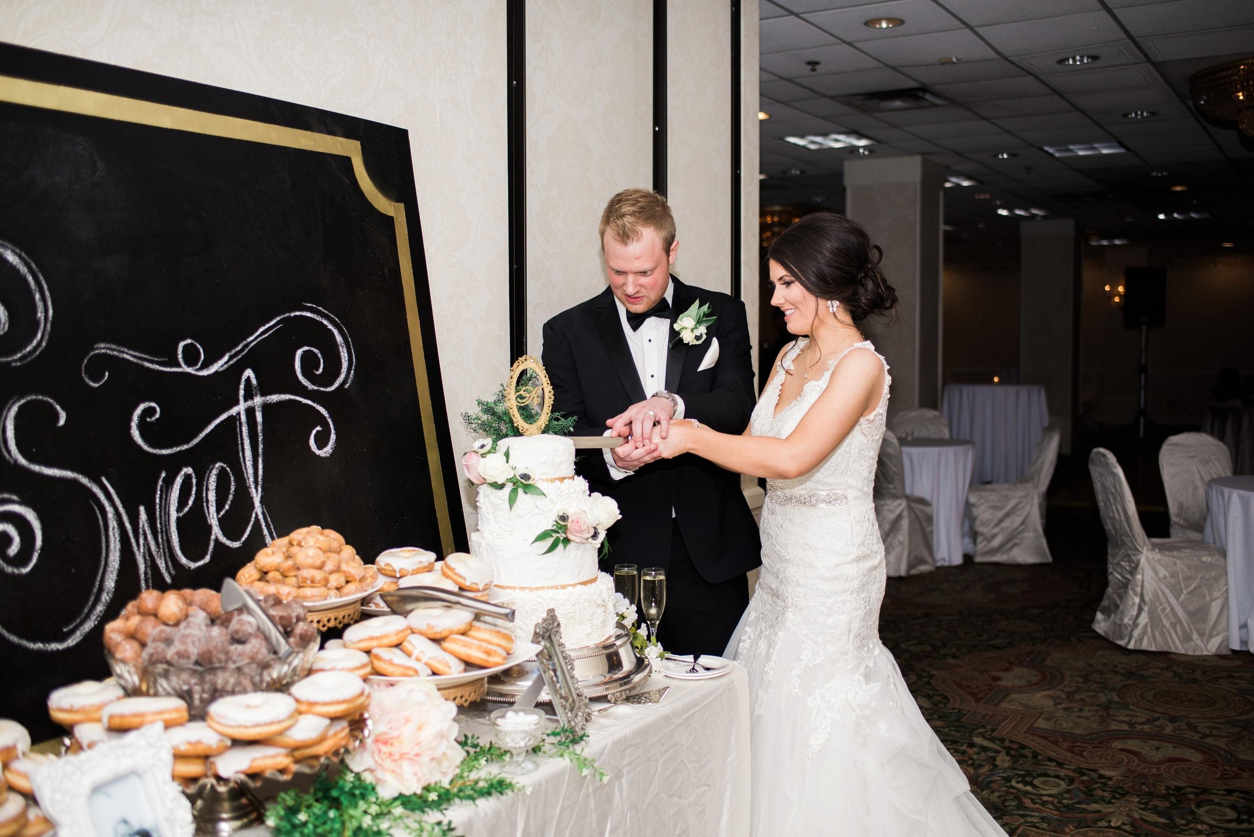 Downtown Des Moines Wedding Photographer_2130.jpg