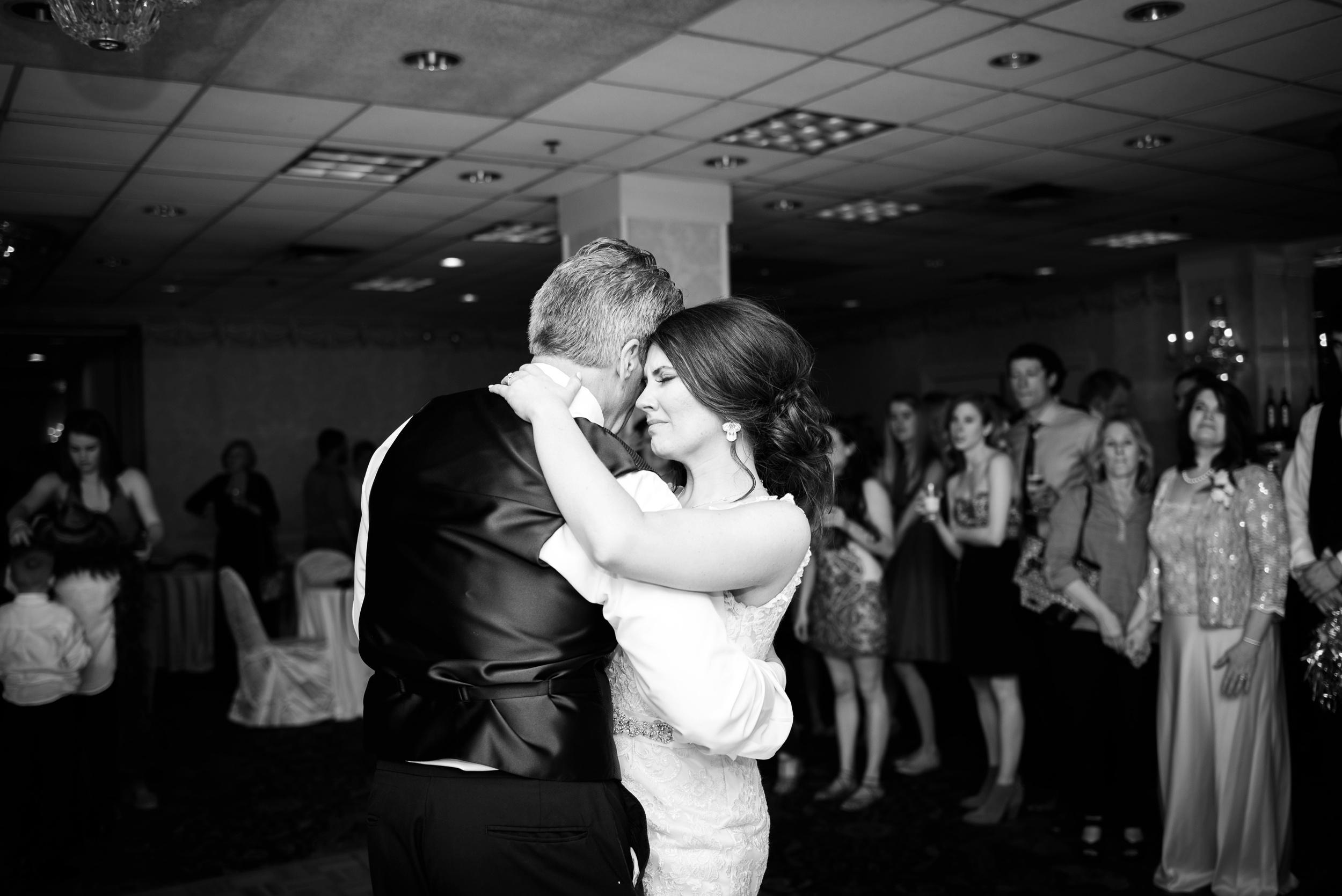 Downtown Des Moines Wedding Photographer_2145.jpg