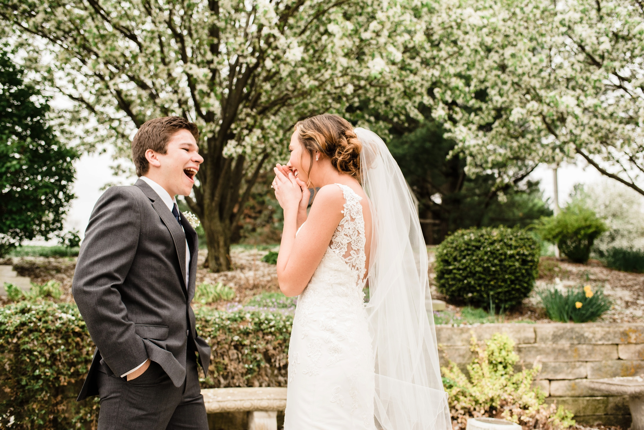 Pleasant Hill Des Moines Wedding Photographer_2120.jpg