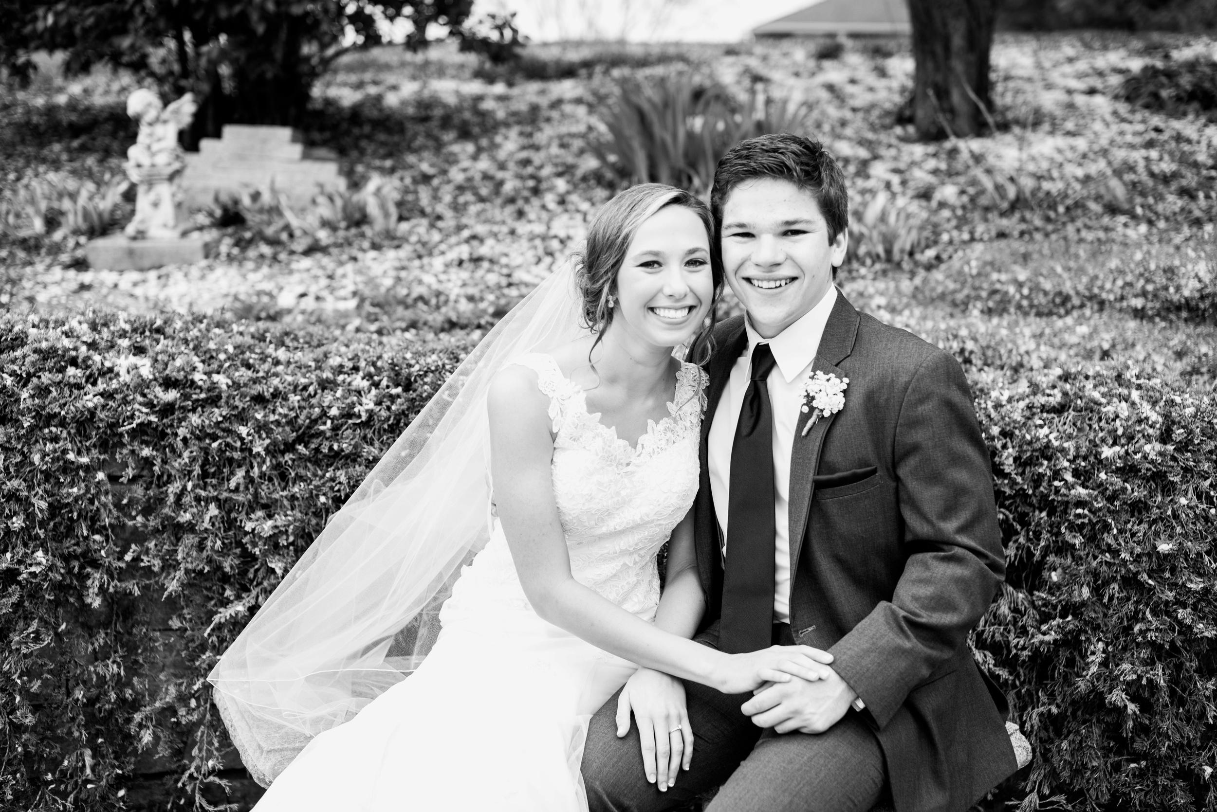Pleasant Hill Des Moines Wedding Photographer_2125.jpg