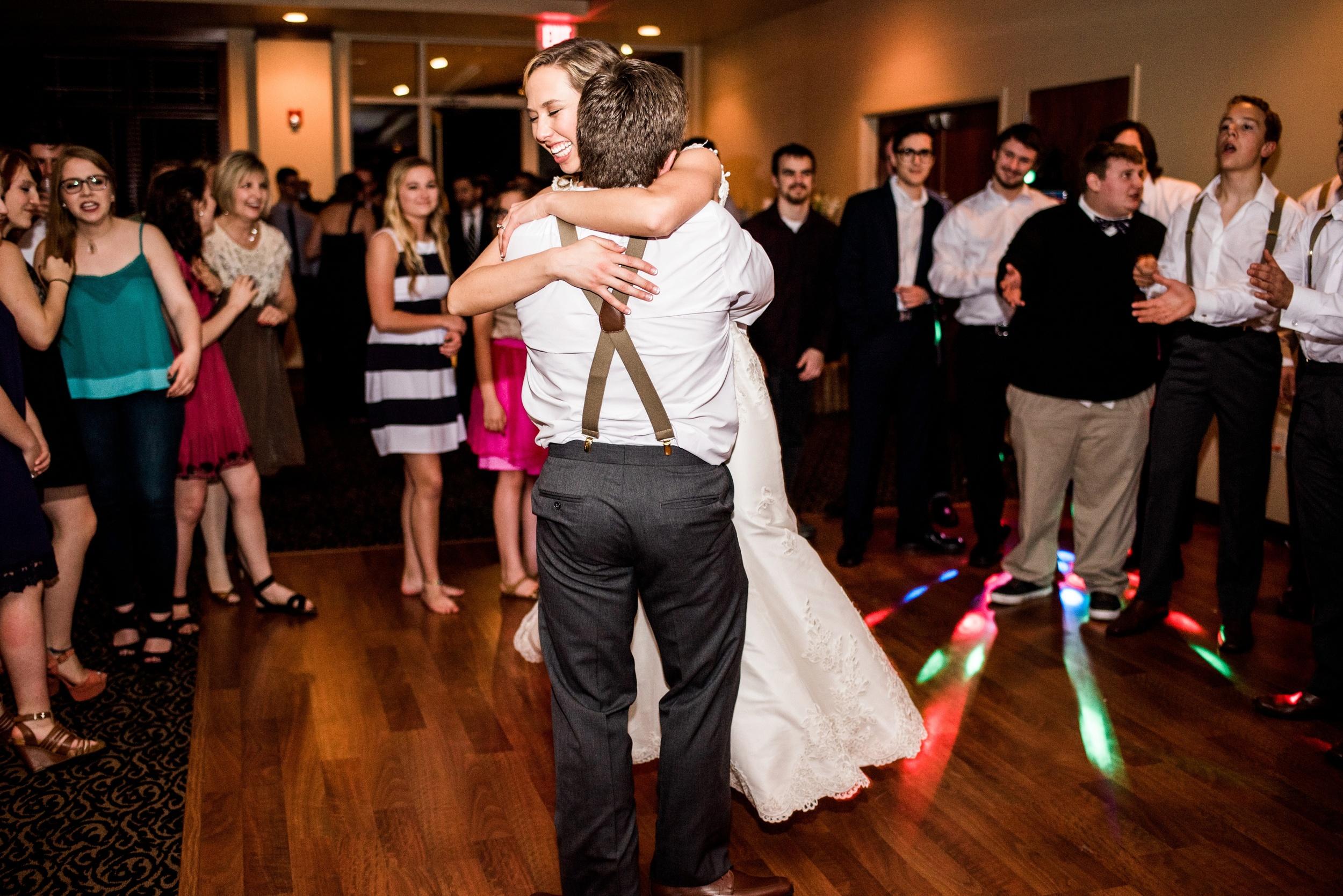 Pleasant Hill Des Moines Wedding Photographer_2197.jpg