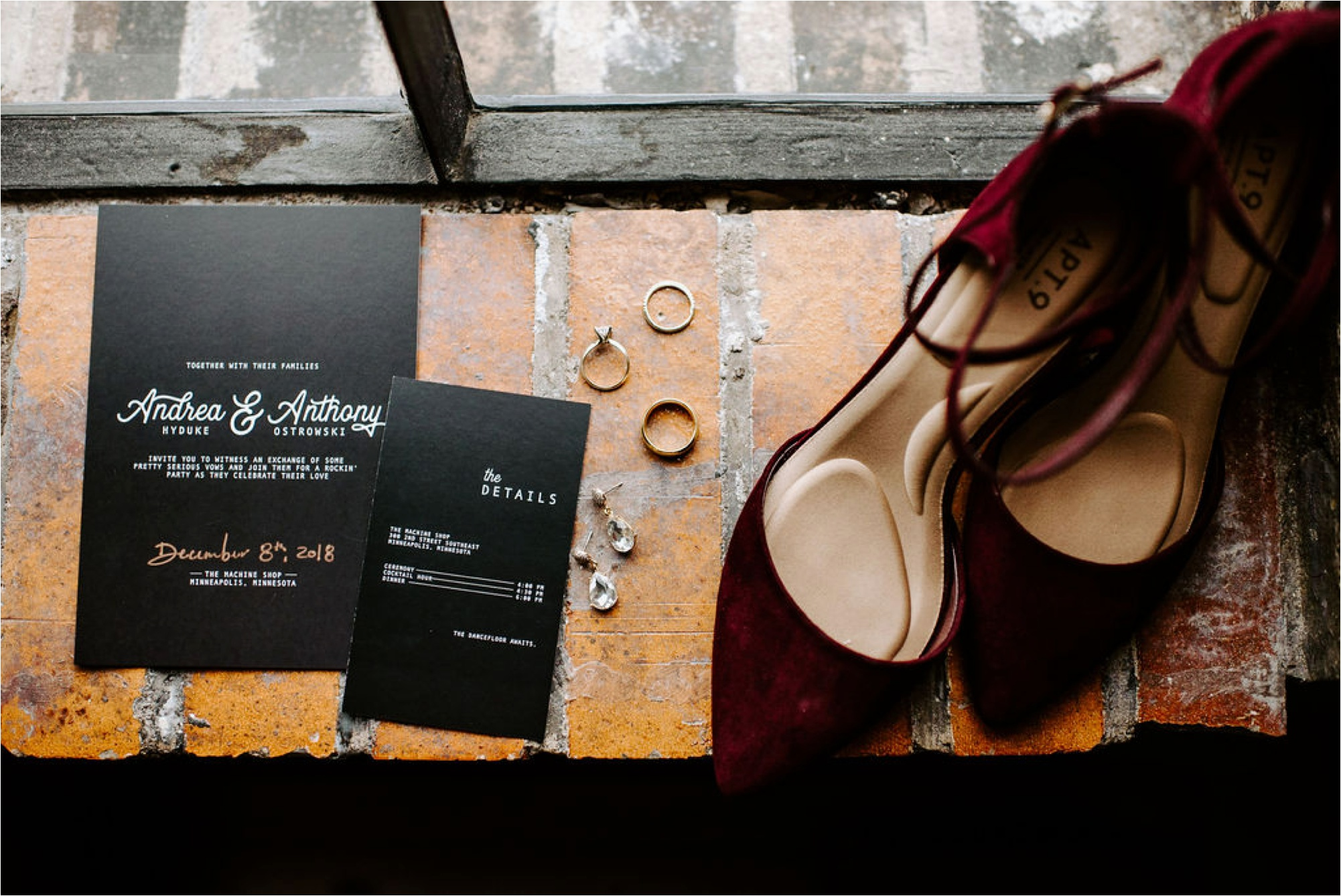 minneapolis wedding invite designer brynna nicole