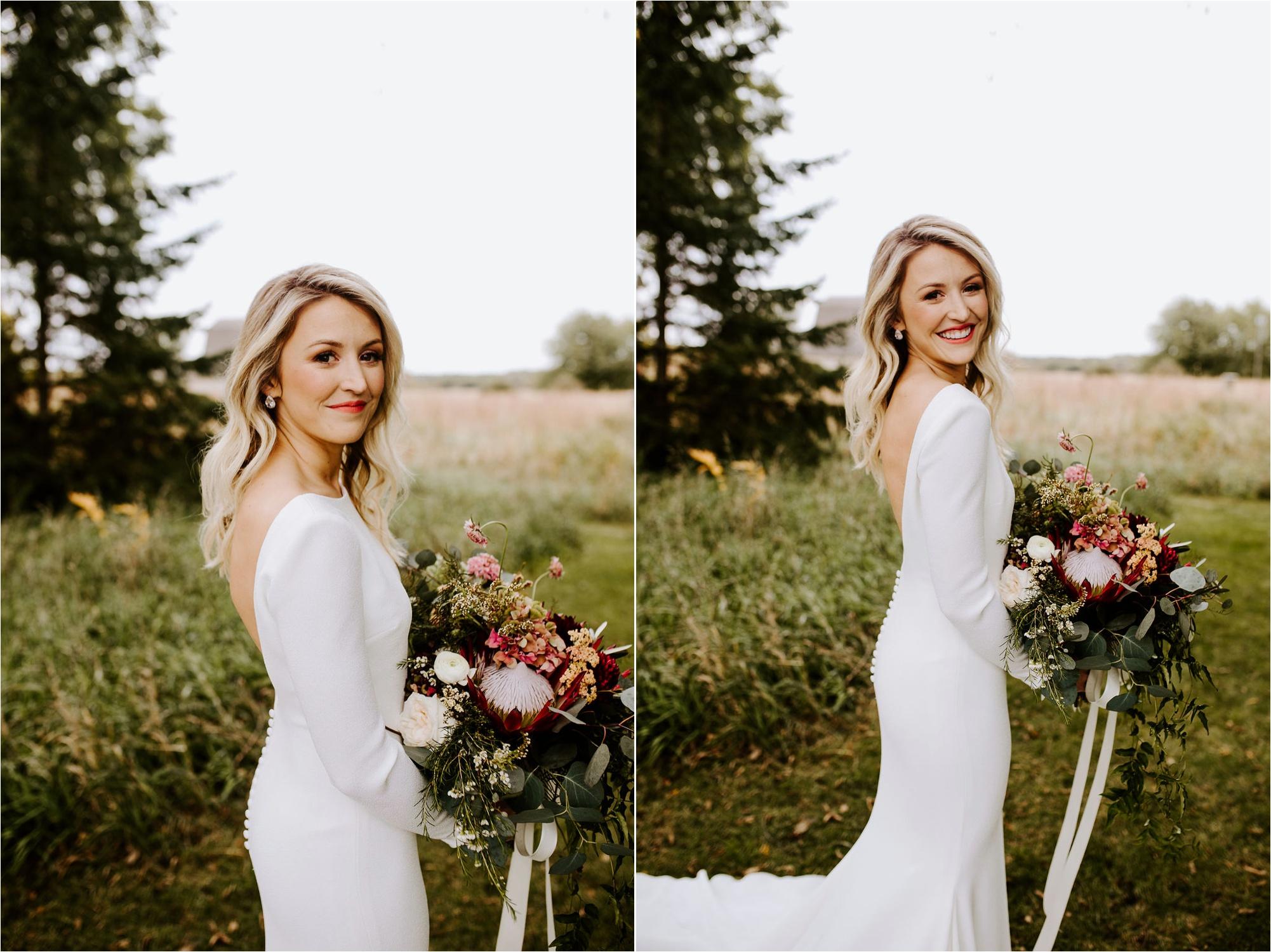 Minnesota Outdoor Family Farm Wedding Photographer_3819.jpg