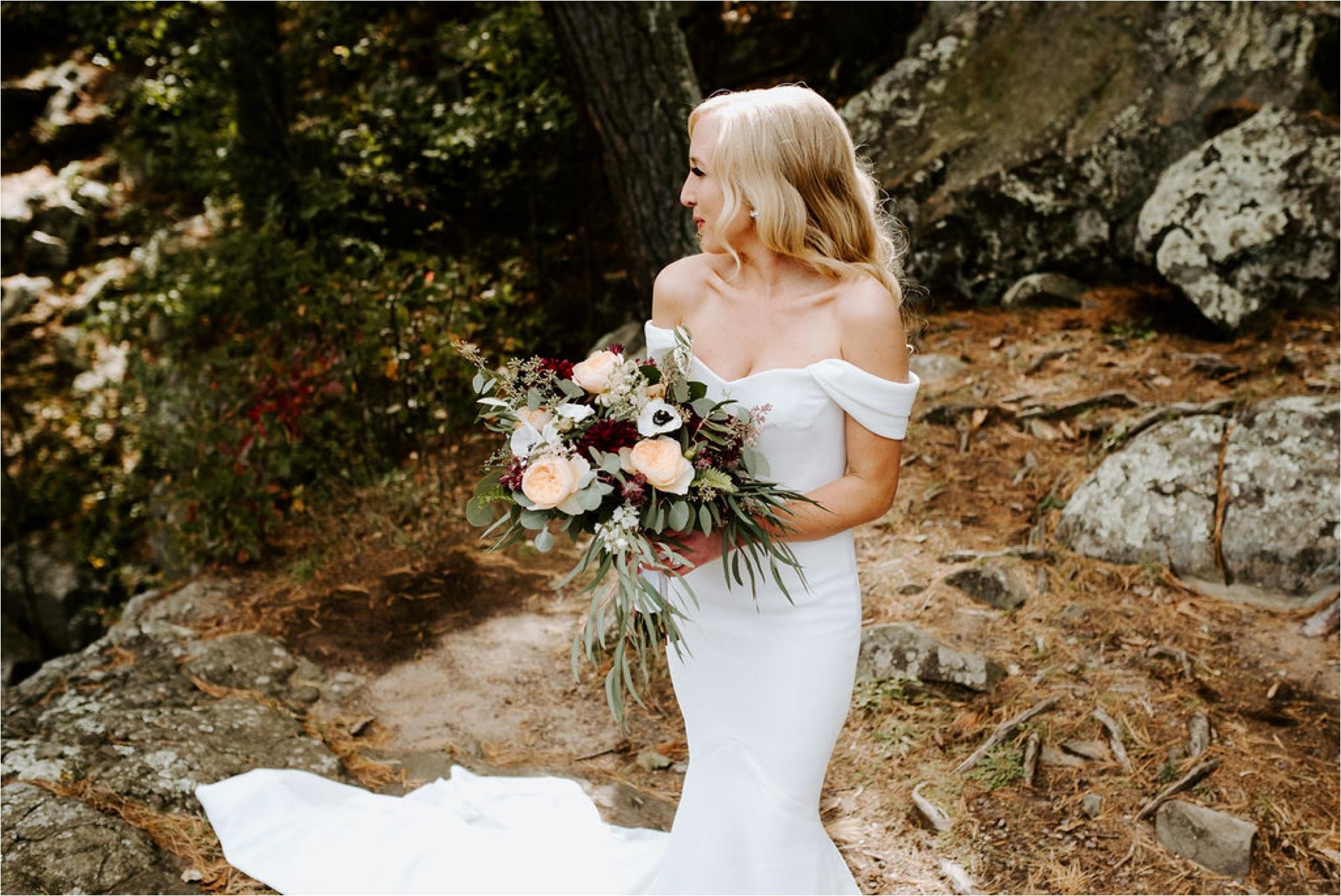 Winehaven Taylor's Falls Fall Wedding Minnesota Photographer_3864.jpg