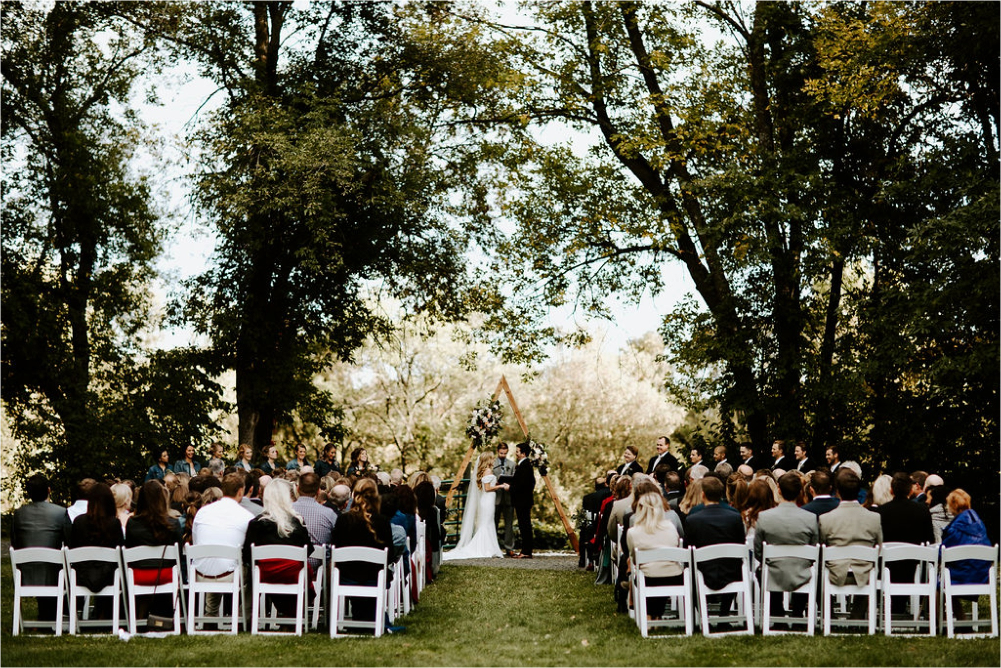 Winehaven Taylor's Falls Fall Wedding Minnesota Photographer_3878.jpg