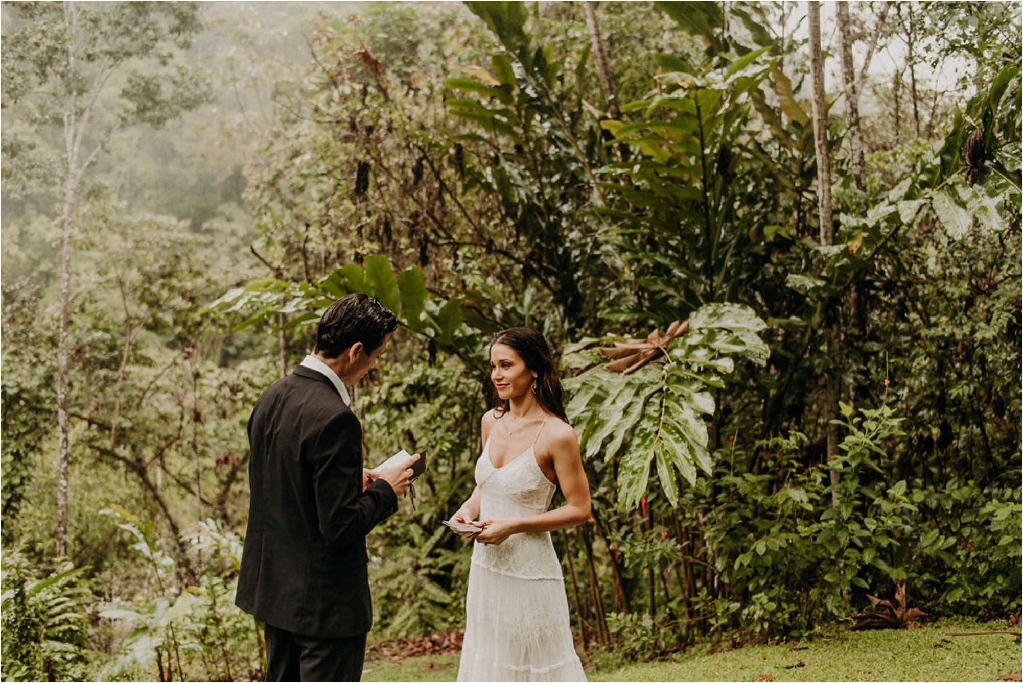 Costa Rica Elopement Wedding Photographer Pacuare Lodge_4095.jpg