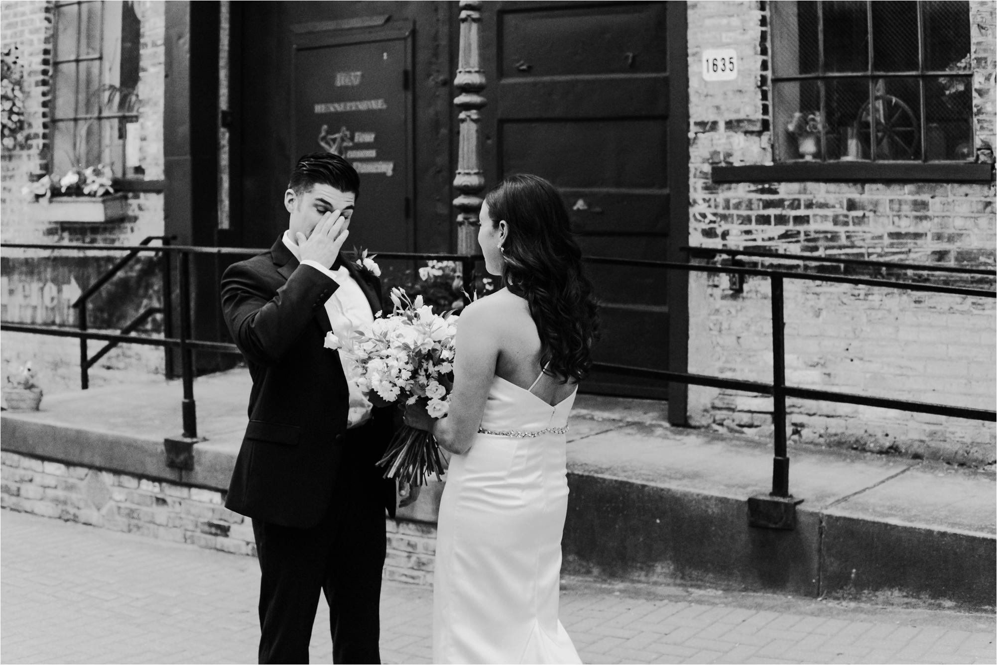 Loring Social Loring Park Minneapolis Wedding Photographer_4484.jpg