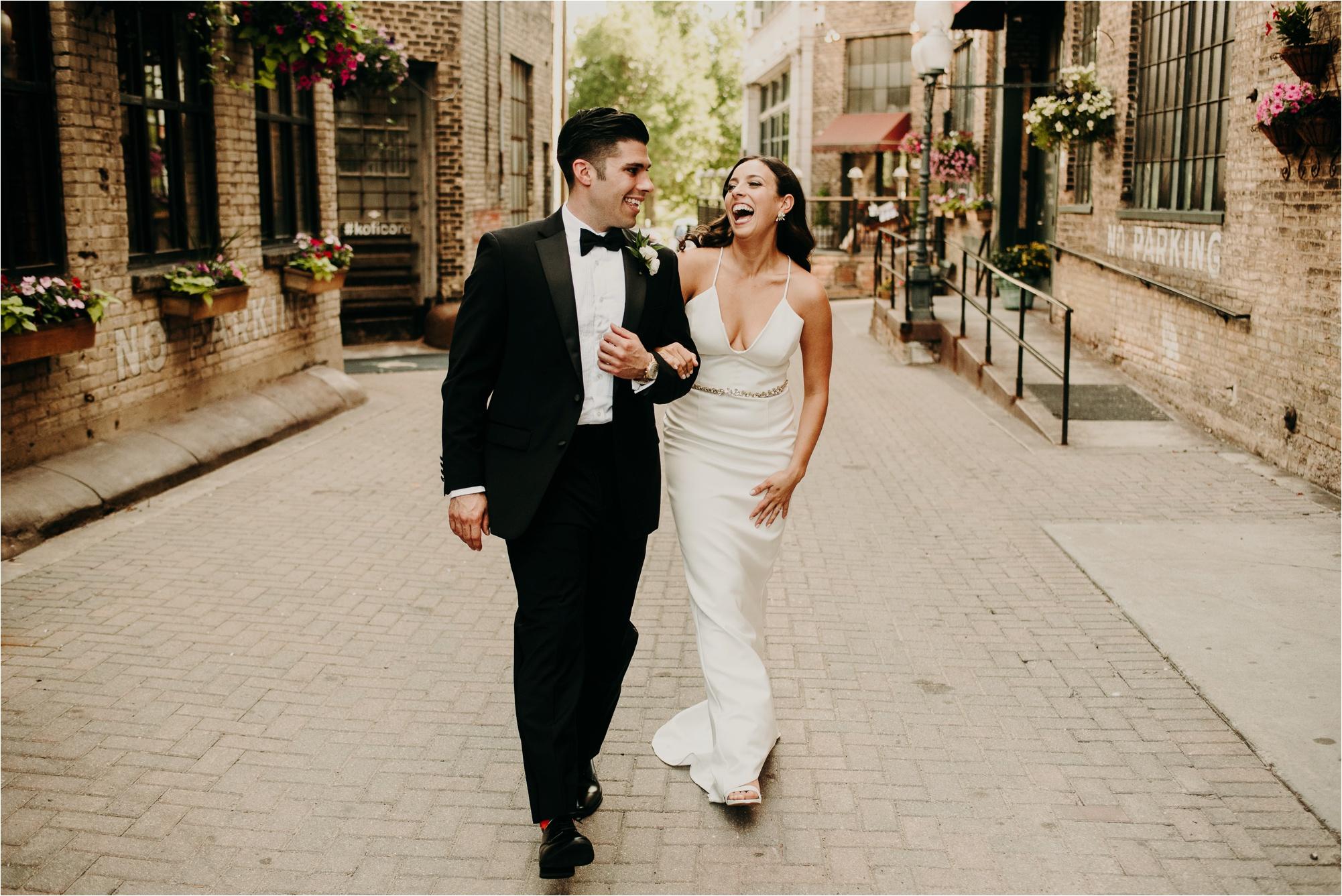 loring park minneapolis wedding photos bride and groom photographer