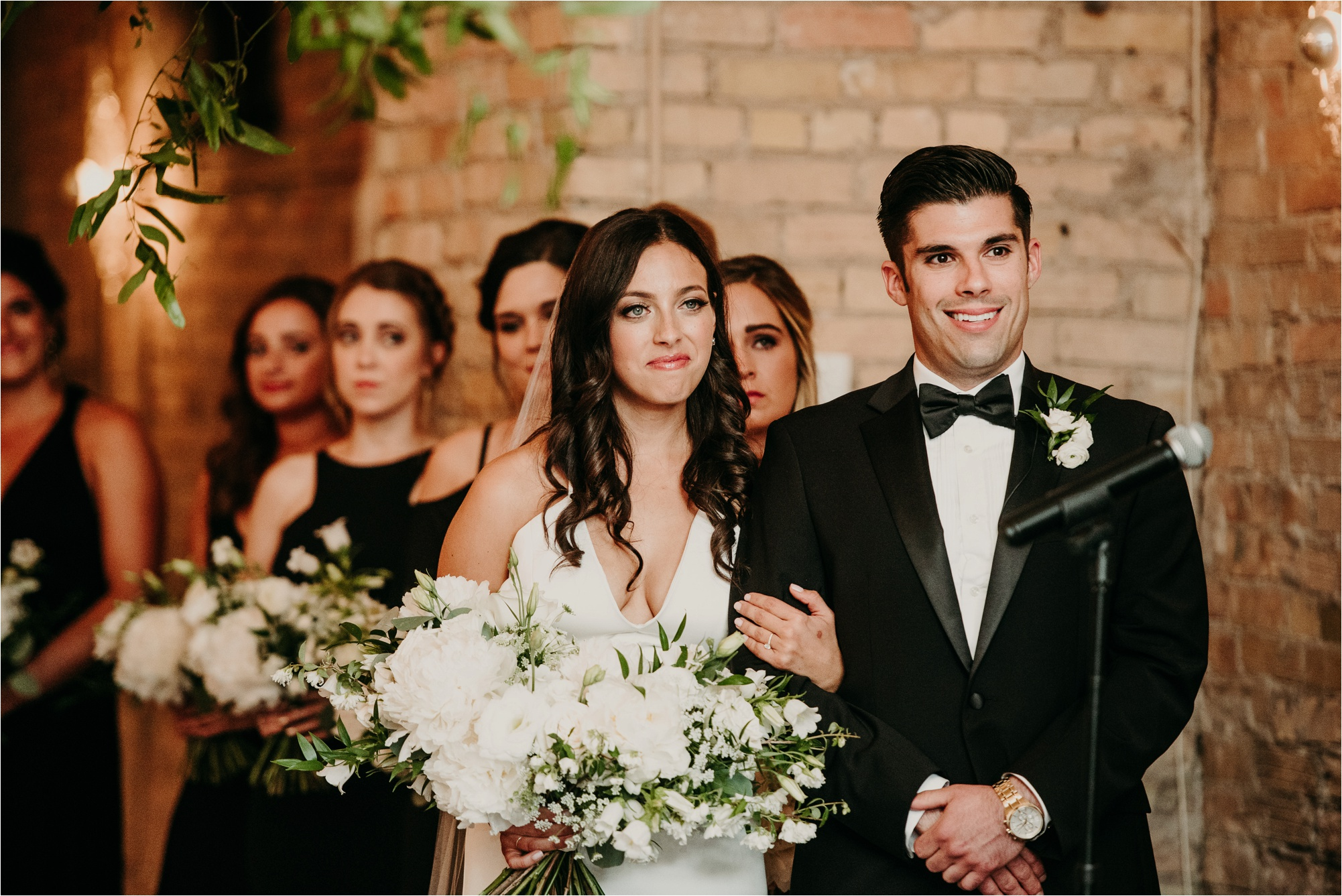 loring social minneapolis wedding ceremony photos