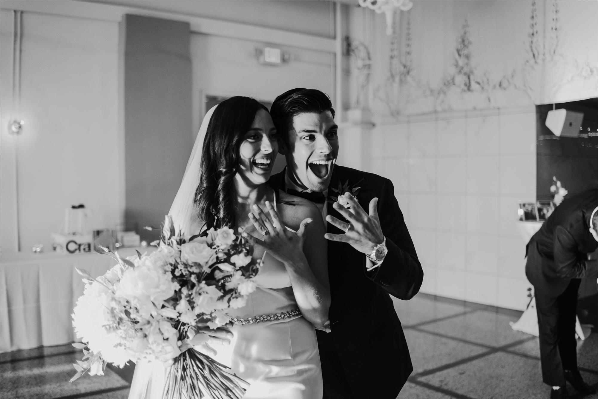 Loring Social Loring Park Minneapolis Wedding Photographer_4510.jpg