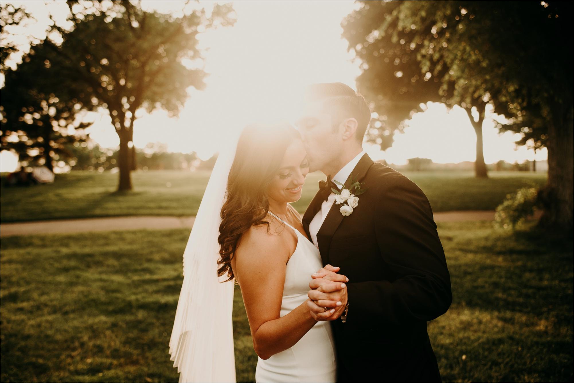 Loring Social Loring Park Minneapolis Wedding Photographer_4520.jpg