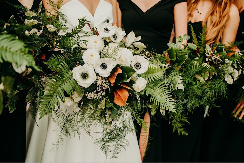 30_WeddingParty-25.jpg