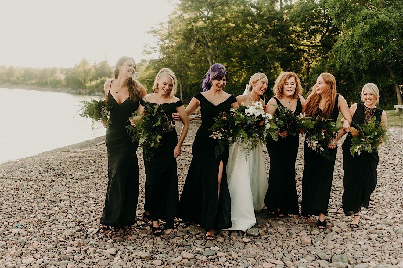 duluth minnesota glensheen mansion wedding party photos