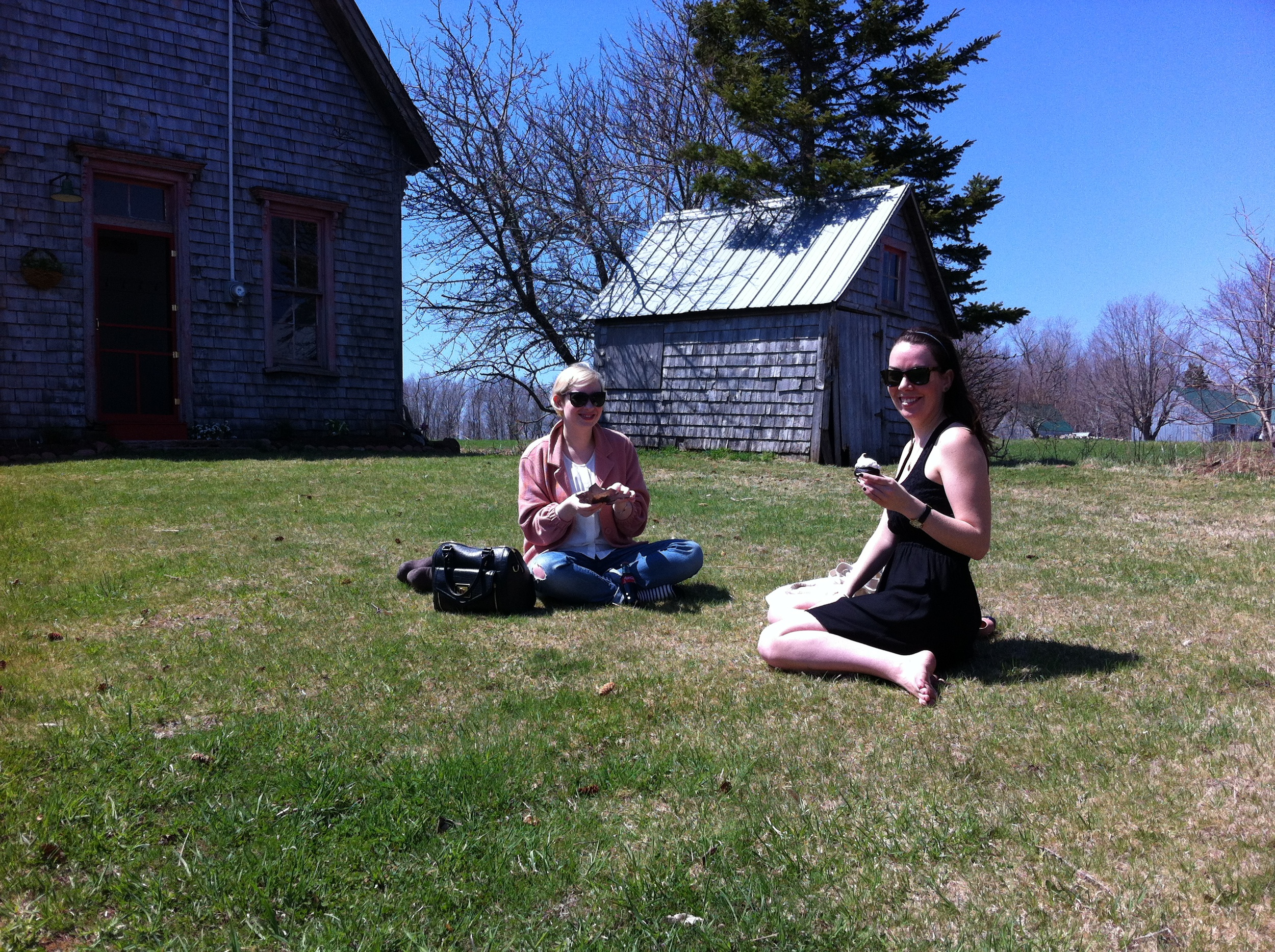 Sarena and MJ, enjoying cupcakes in the sunshine