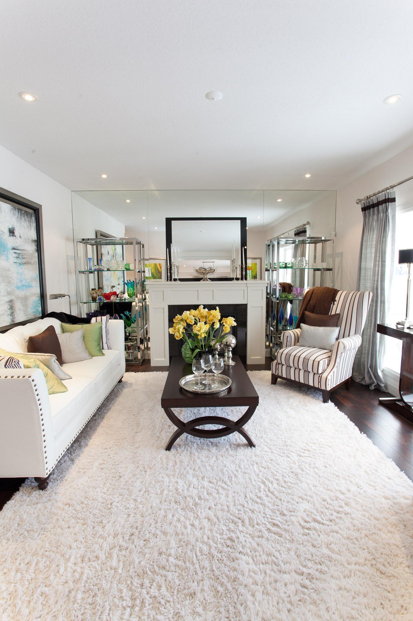 Living room symmetry