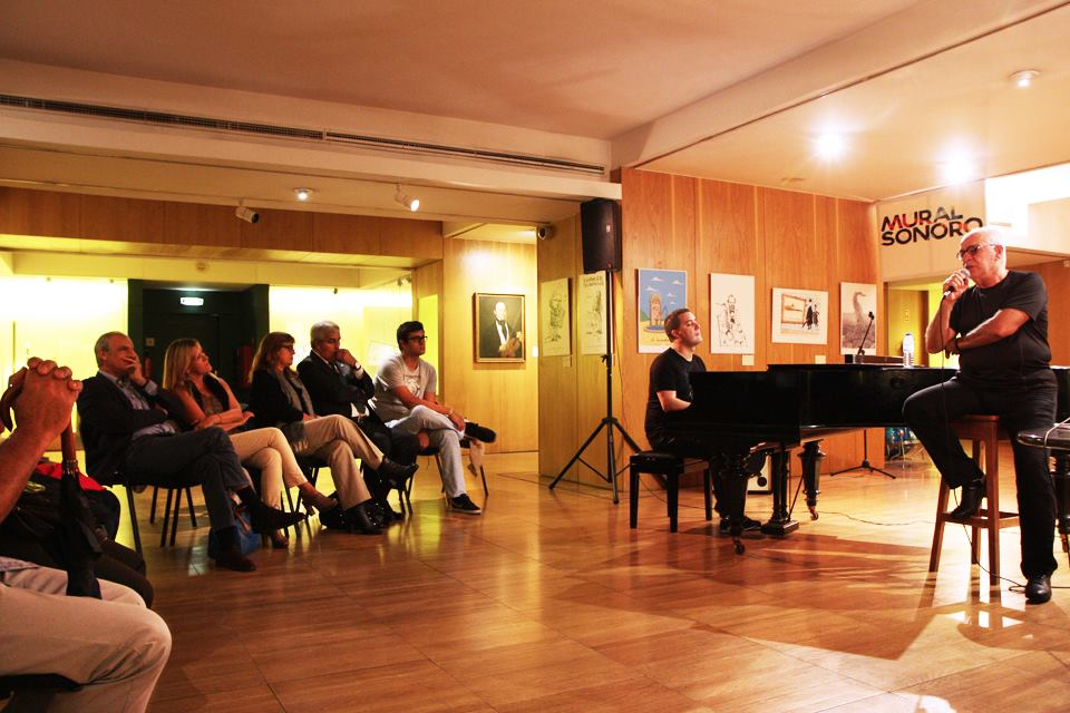 Victor Zamora (piano), Paulo de Carvalho (voz)