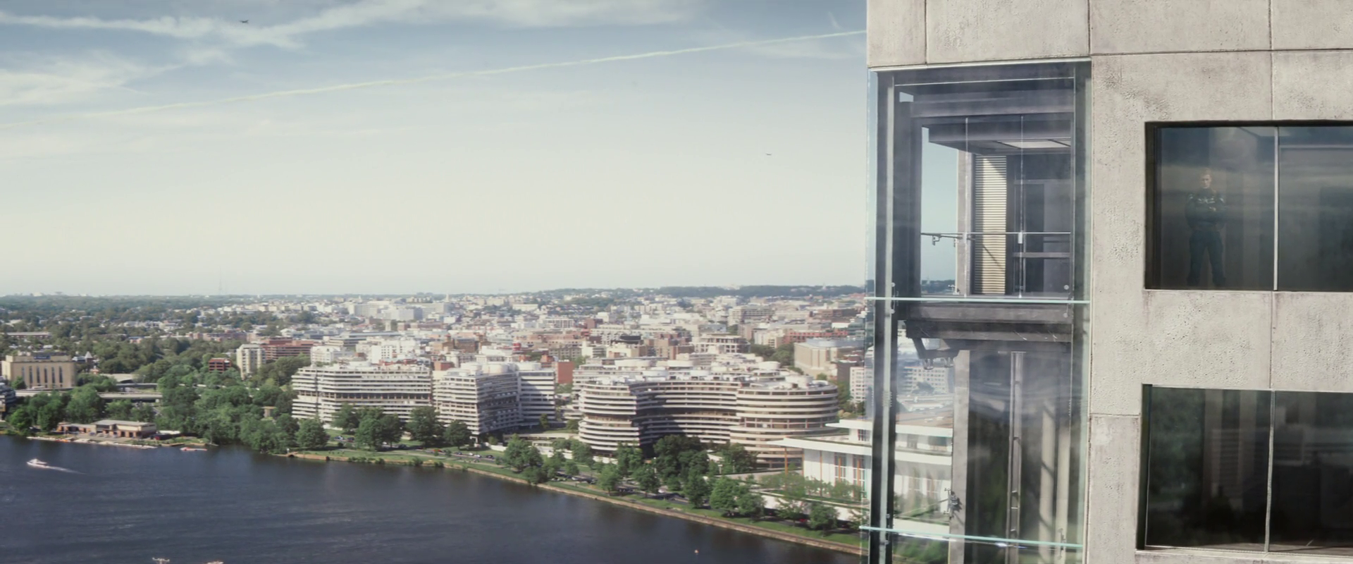 Captain America: Winter Soldier  (2014), view east to Watergate Hotel complex.