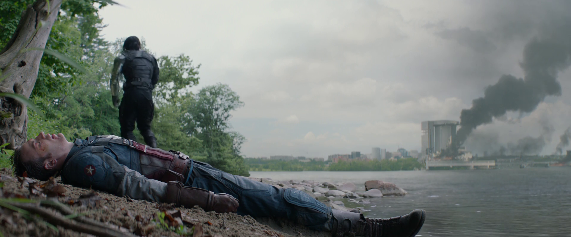 Captain America: Winter Soldier  (2014), Bucky and Cap on the west shore of the Potomac.