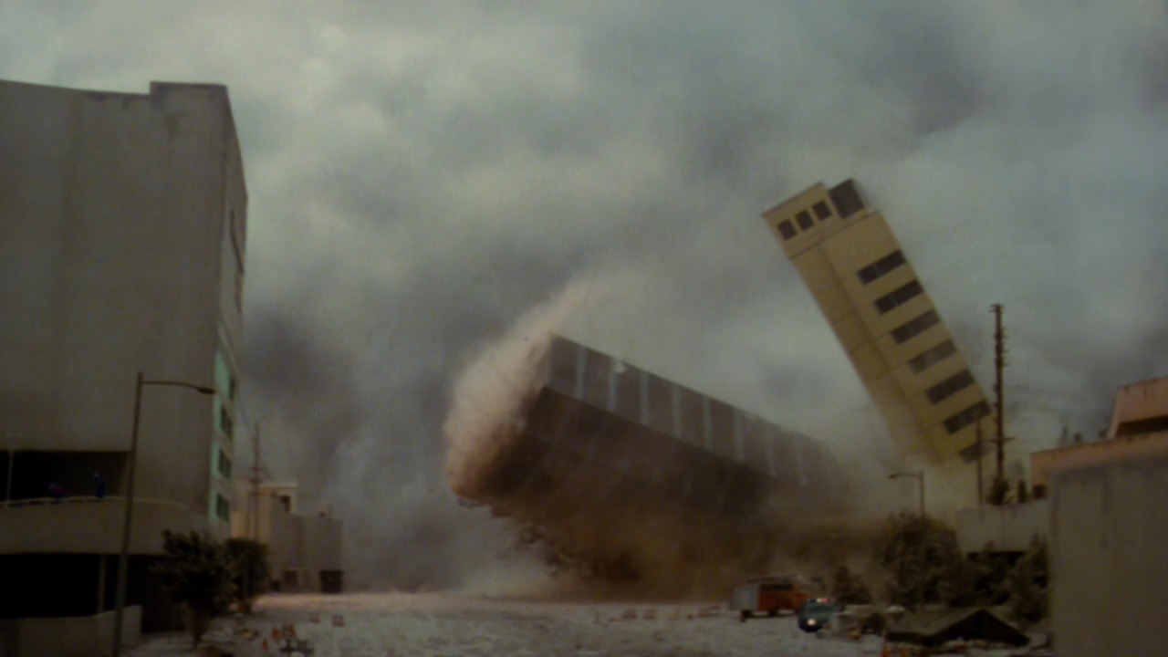 Volcano  (1997), Beverly Heights collapsing.