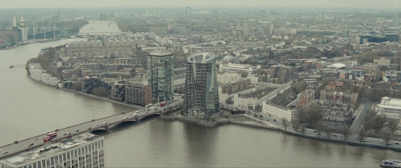 Spectre  (2015), CNS Building, with Vauxhall Bridge.