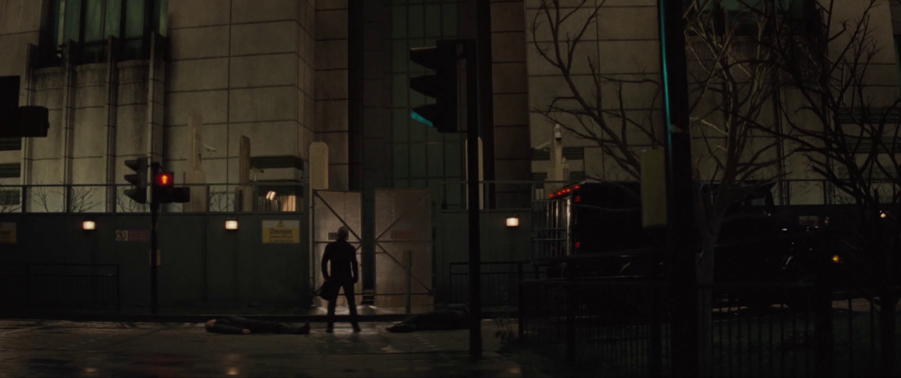 Spectre  (2015), Bond at the base of the about-to-be-demolished SIS Building.