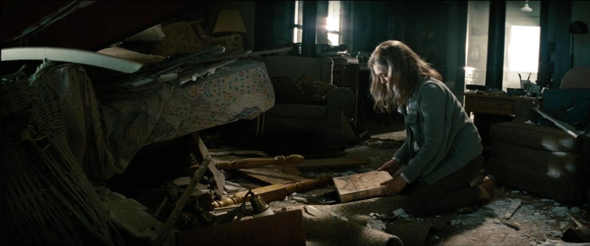 Man of Steel  (2013): terrorists target innocent civilians