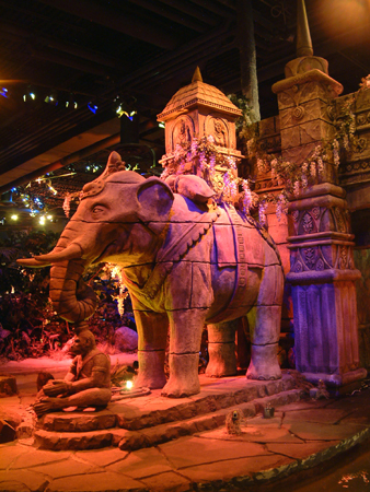 Asian temple elephants 2402686200[K].JPG