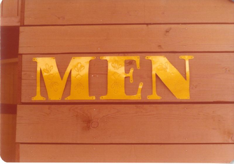 Spillikin Corners Men in tin 3484984070[K].JPG