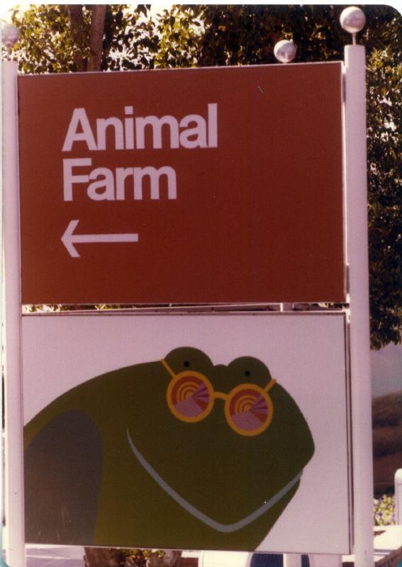 MAGIC MOUNTAIN Animal Farm 06 3484912378[K].JPG