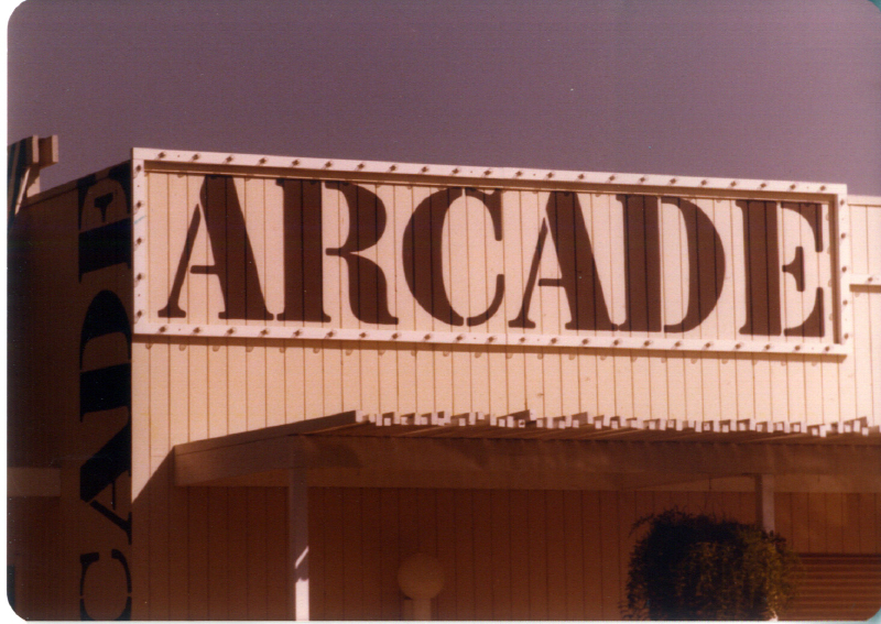 MAGIC MOUNTAIN Arcade No 2 3484098139[K].JPG