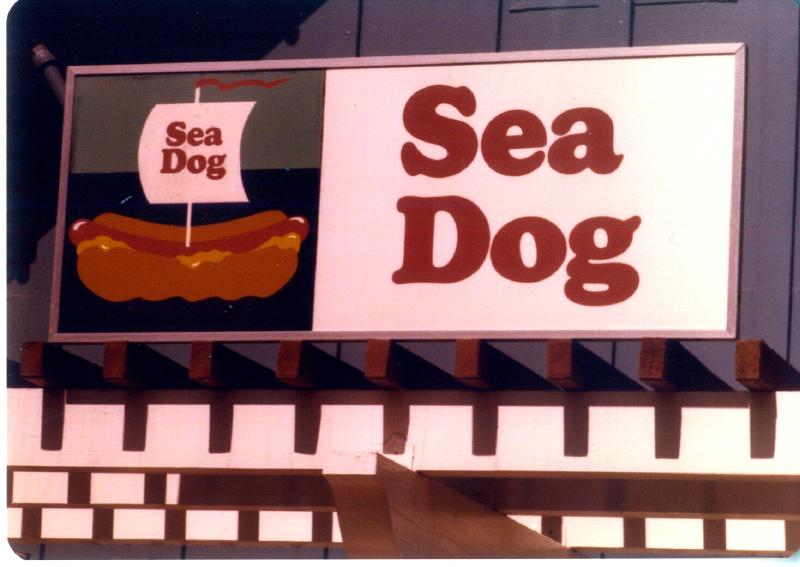 MAGIC MOUNTAIN Sea Dog 3484109449[K].JPG