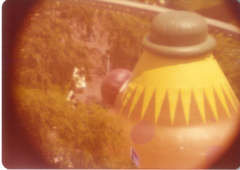 MAGIC MOUNTAIN Troll Bounce 3484112085[K].JPG