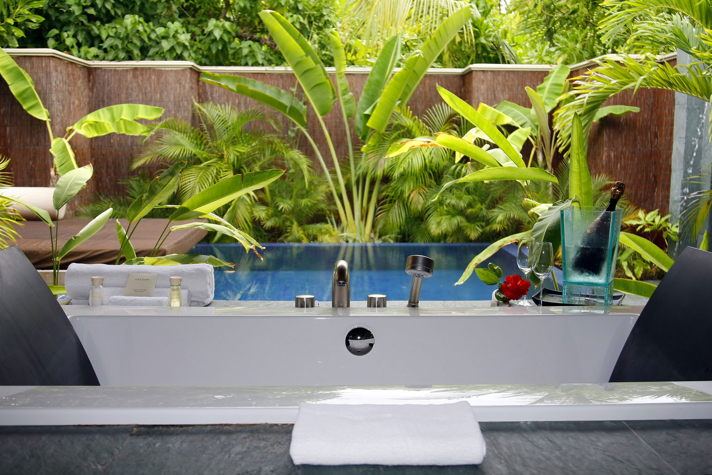Hi_PHUV_59890037_Beach_Bungalow_With_Pool_Plunge_Pool.jpg