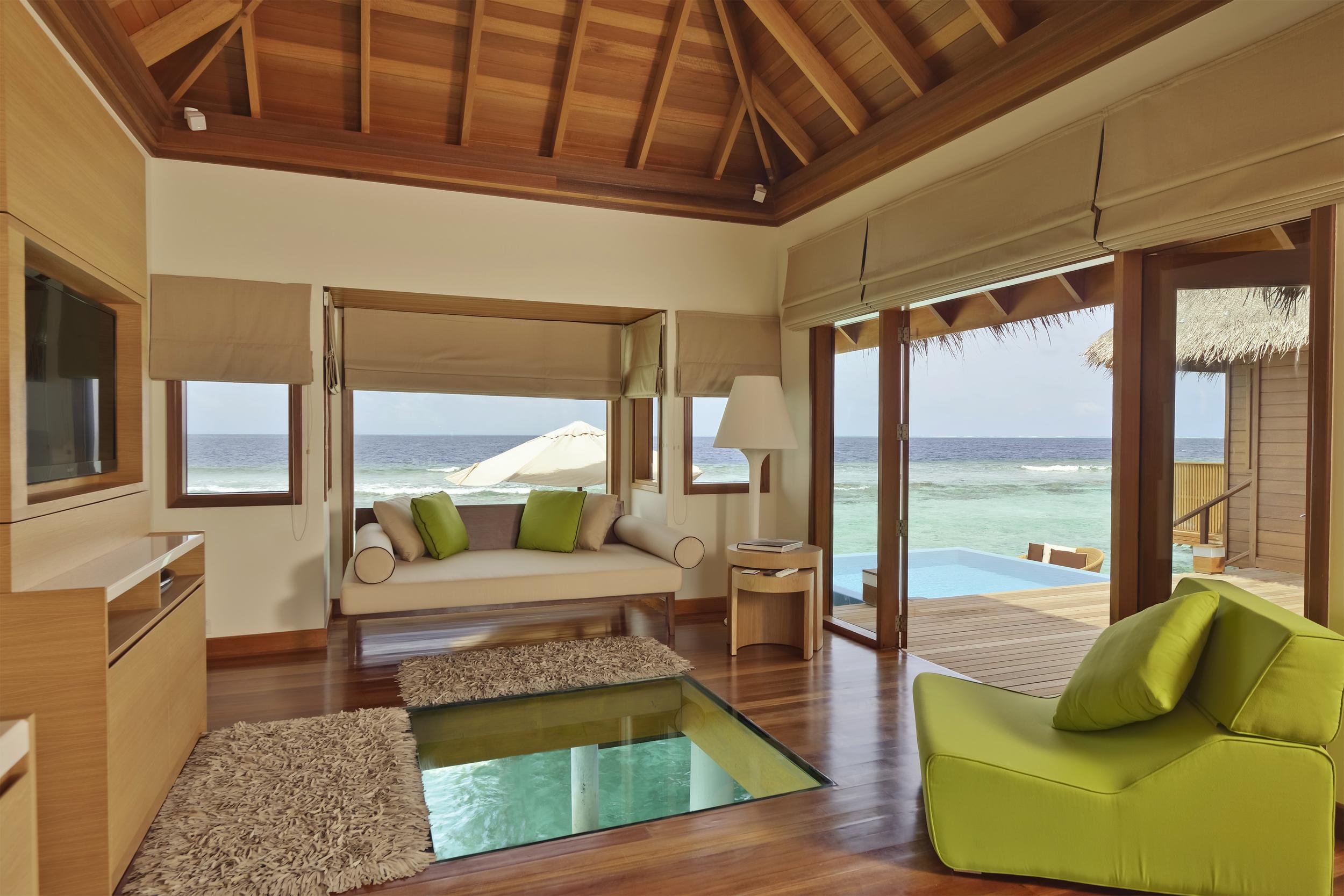 Hi_PHUV_59897526_Ocean_Bungalow_with_Pool_interior.jpg