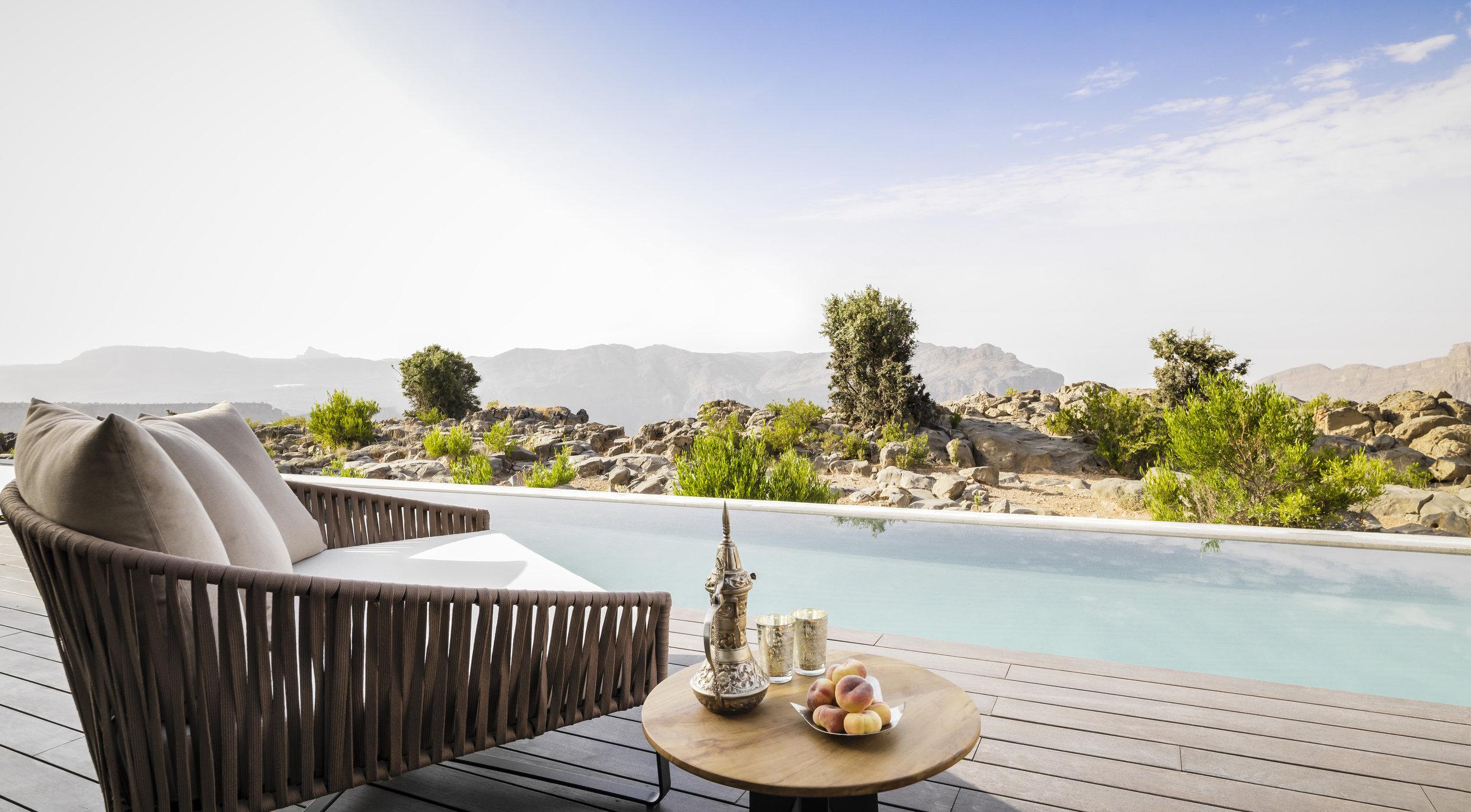 Anantara Al Jabal Al Akhdar Resort - Cliff Pool Villa Pool View 01.jpg