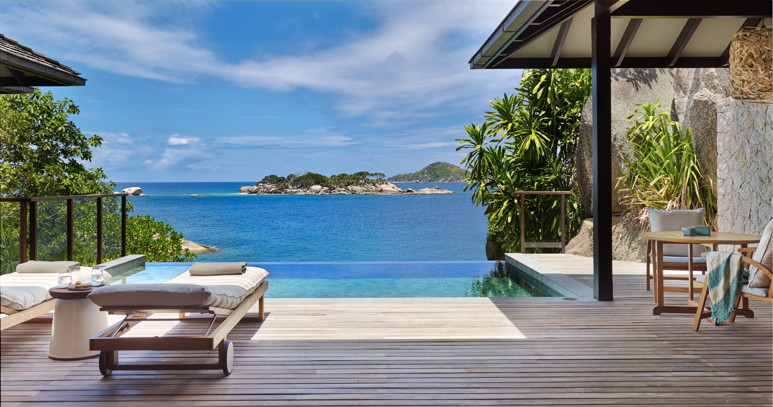 Ocean_Front_Pool_Villa_deck_3_[6658-A4].jpg