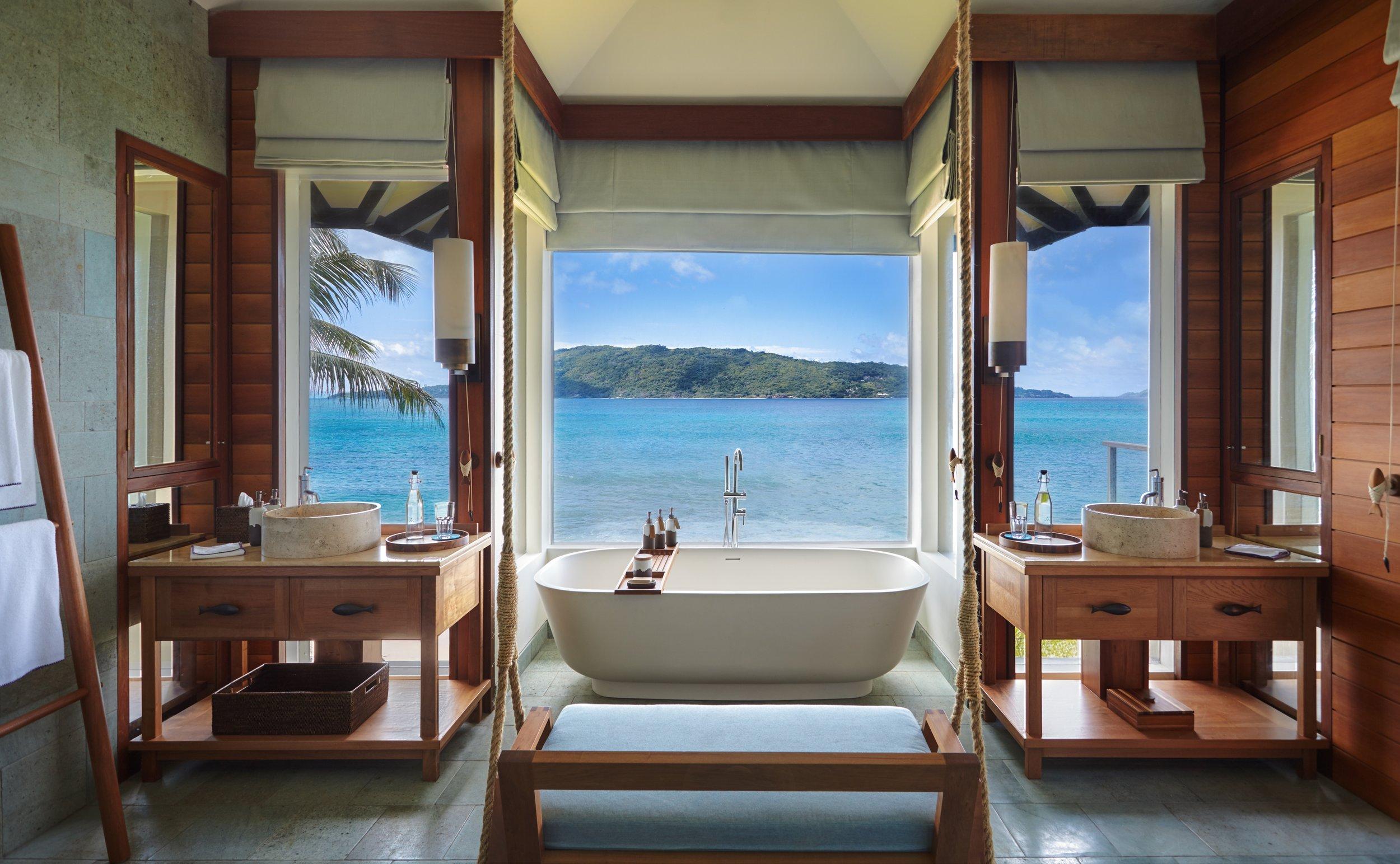 Pool_Villa_bathroom_[6668-A4].jpg