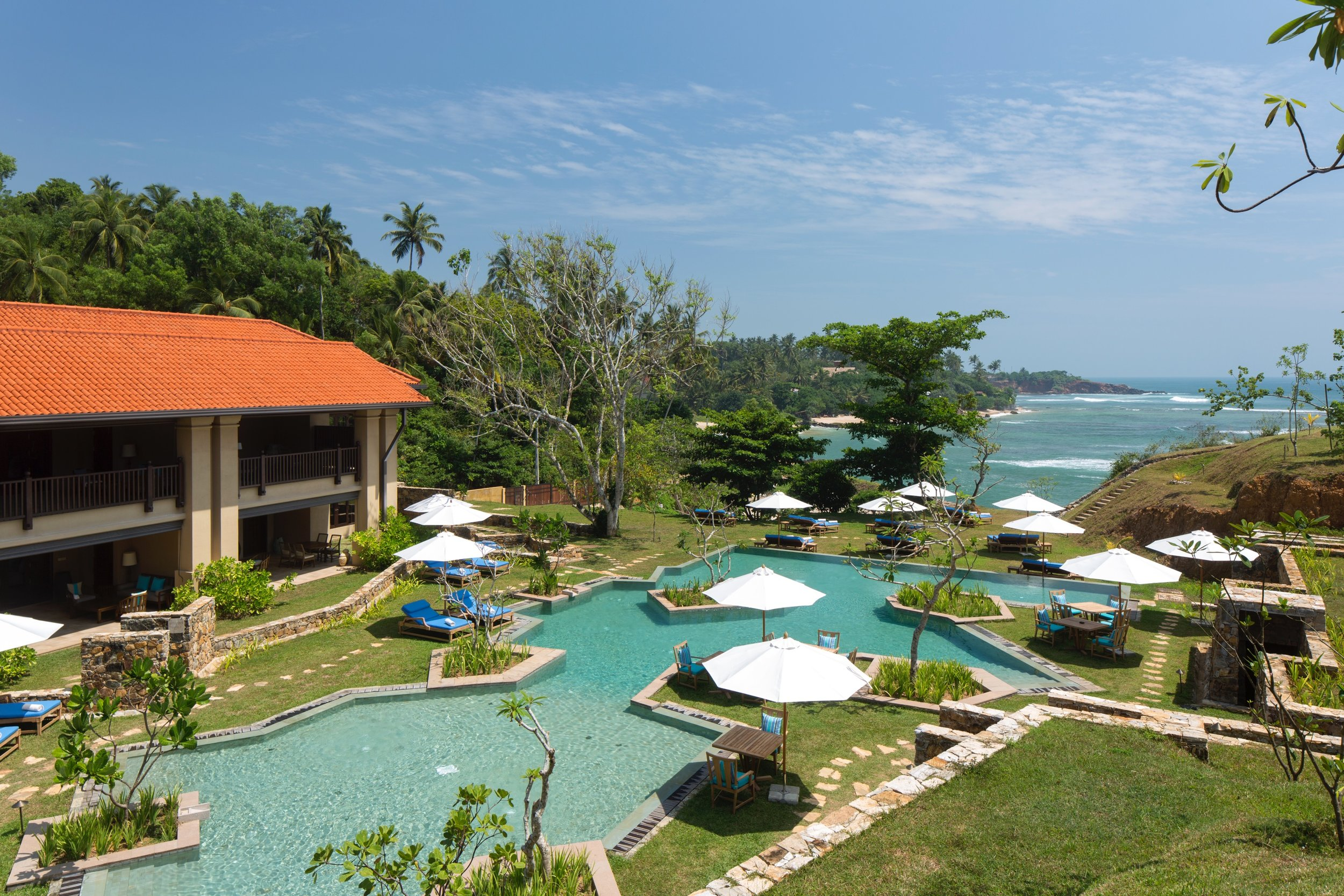 cove pool and suites.jpg