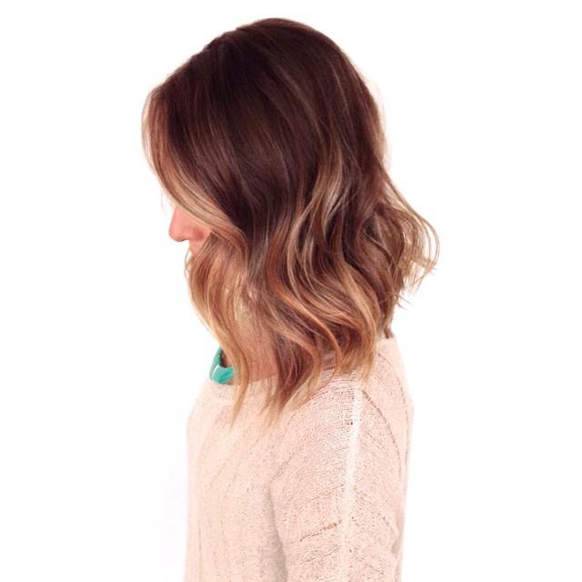 💙 @maureensimp! #hairtalk #sombre #ombre #balayage #foils #brunette #blonde @olaplex #caramel #lob #waves #LAhair #beverlyhillshair #mechesalon #mechesalonla #olaplex #sexyhair #chrisgreenehair See you all @mechesalonla! 💙☀️