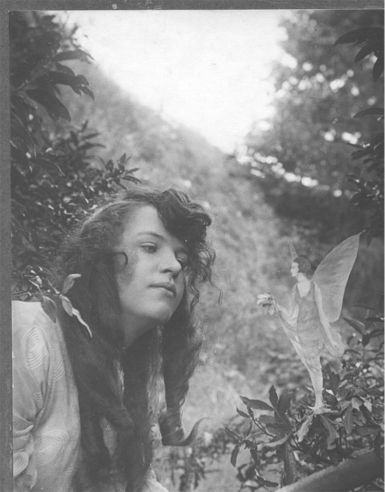Elsie Wright and fairy friend. Image: Science & Society Picture Library.