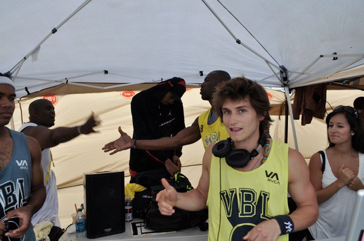 They laced us with fresh VBL tanktops... and OH YEAH!! Terrell Owens slid up in our DJ tent to gear up for his game. My man could ball too.