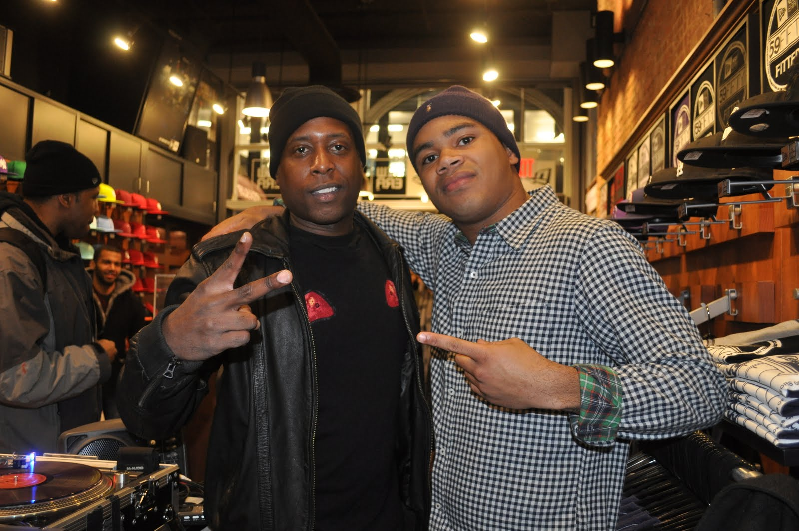 #GutterRainbows. Talib!! A True MC.. I am humbled to get the chance to work with him. Tonight was his   Gutter Rainbows   album release party at the New Era Flagship Store NYC. This was definitely a dope event!! Talib is the man... he & his crew showed mad love and were boppin' all throughout my set. @BlowHipHopTv was in the building did a quick interview with them & also shout to Antoine @BxAMS at New Era & Noah at Duck Down Records for setting this up. Def. Pick up his album, it is   great   music.  Video features:   Talib Kweli, 40oz Van, Jonesy   Enjoy.