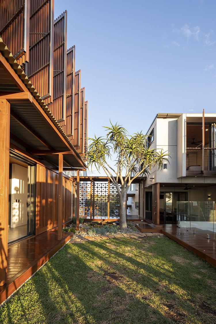 elanora house