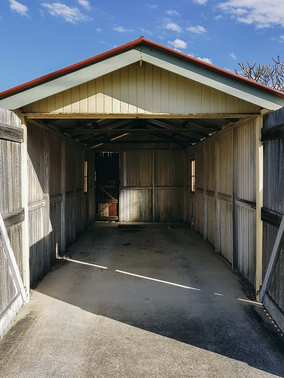 boar-shed_web.jpg