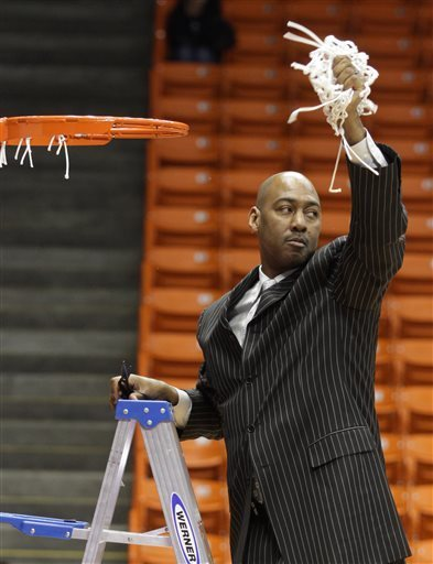 Danny Manning lead his Kansas squad to a National Championship in 1988, also being named Most Outstanding Player. Now he will try to lead his young Tulsa squad to the promise land as a coach. (Victor Calzada/AP)
