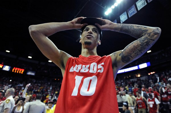 Kendall Williams(10) and the Lobos will try to make this trip to the big dance a longer one than their 1st round exit to the Harvard in last year's tournament. And just like last year, they have high expectation. (Ron Chenoy / USA Today Sports)