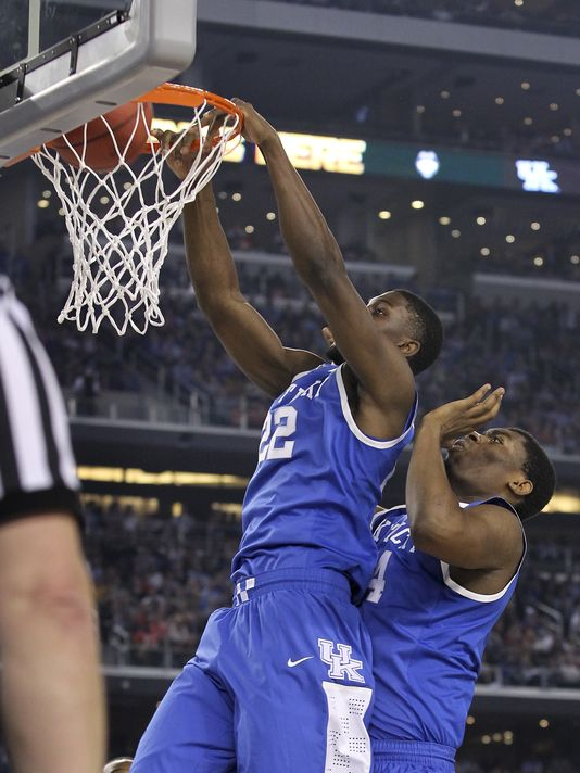 Alex Poythress in the last 2 games has elevated his draft stock with freaky athleticism. ( Sam Upshaw Jr.; The Courier-Journal)
