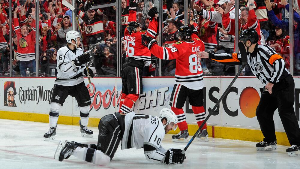 37-year-old Michal Handzus has played in 15 NHL seasons. Last night he helped keep the Blackhawks alive with his goal in Double OT, forcing a game 6.